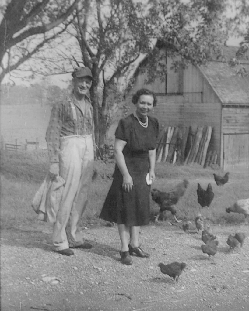 Anger Family Austin & Murel (Mabee) 1943 near Union ON
