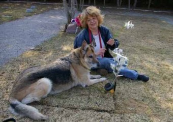 Dallas with Dorothy at Jack's grave, Sandy Ridge Pet Cemetery, 2008