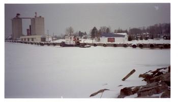 Port Stanley Harbour winter