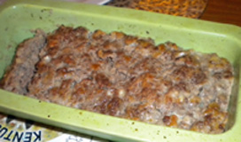 Meatloaf in pan, cooked