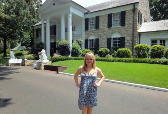 Andrea-at-Graceland-(photo-H-Edison)