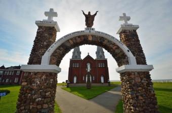 gate Notre Dame du Mont Carmel, PEI