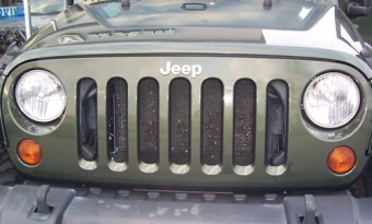 Jeep Rubicon grill