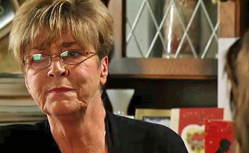 Tracy telling Deirdre to say quiet