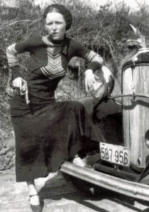 Bonnie Parker Cigar1933 pd wikicommons