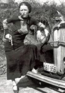 Bonnie Parker Cigar1933 pd wikicommons