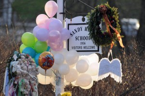 balloons at Sandy Hook school sign