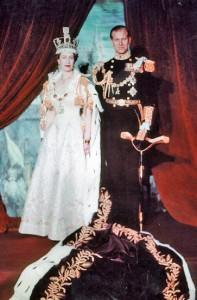 Elizabeth_II-coronation-portrait-detail_1953-Library-Archives-Canada-PD