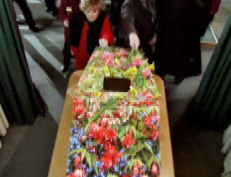 daffs-on-coffin