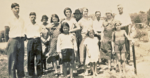 Burwell-picnic-Pt-Burwell-early-1930s