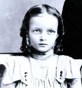 Estella-Anger-age-7-c1901