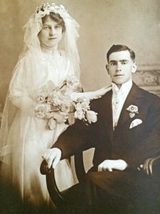 Ruby Alice Lymburner and Charles Merritt wedding photo 1916