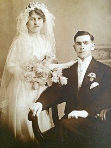 Ruby Alice Lymburner and Charles Merritt wedding photo 1916