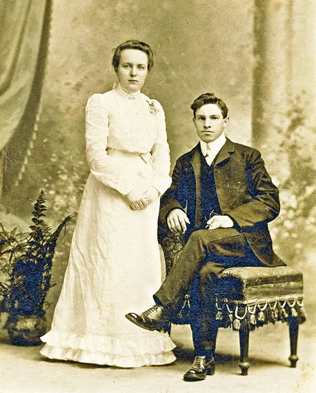 ada leach and clarence meadows 1902 wedding photo