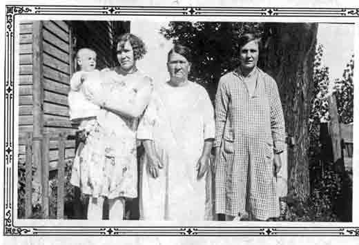 bertha-edith-ella-davis
