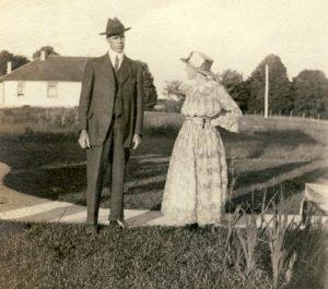 charley-minnie-burwell-Tburg-1920s