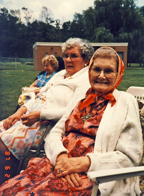grace-yates-gladys-fletcher-marguerite-kyte-tillsonburg-27-jun-87