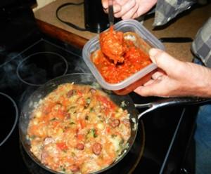 adding-spaghetti-sauce-photo-D-Stewart