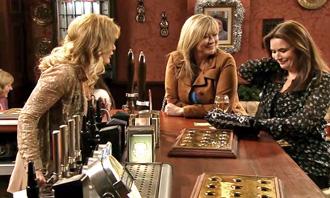 girlfriends Liz, Erica and Anna discuss singles night
