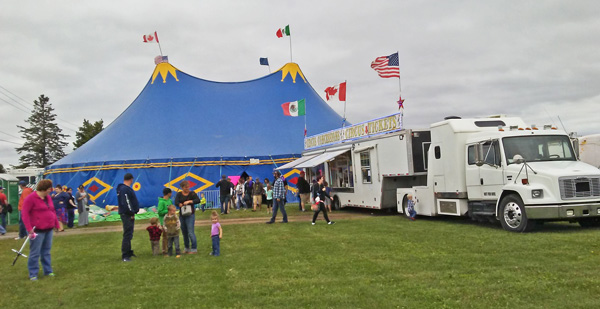Great Benjamin's Circus tent-plp-sussex-nb-photo-d-stewart