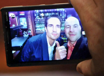 celebrity pic tim-takes-selfie-with-tommy