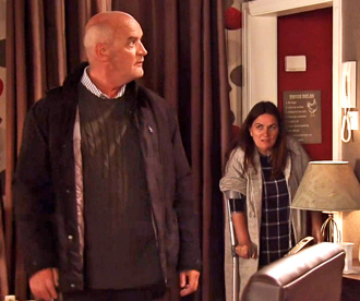 anna-lets-phelan-in-door