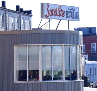 satellite restaurant chatham ont tripadvisor.ca