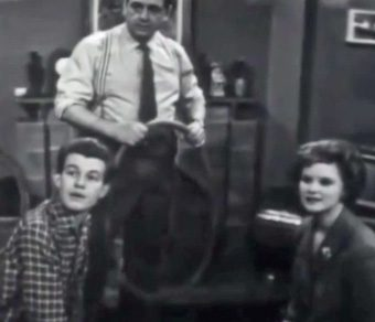 susan cunningham with frank and david barlow in first episode