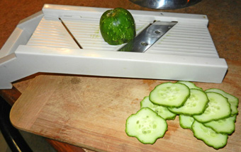 slicing-cucumber-photo-d-stewart