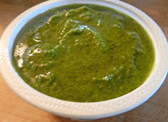 pesto in container