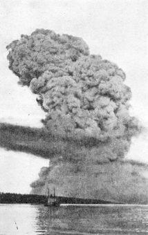 Halifax Explosion blast cloud LAC wikicommons