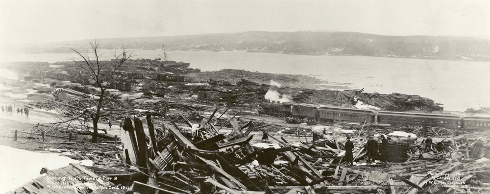 Looking-North-toward-Pier-8-from-Hillis-Foundry-after-Explosion-Halifax-1917-W-G-MacLaughlan wikicommons