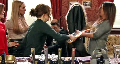 toyah-throws-beer-on-carla.