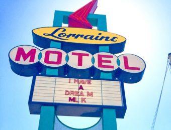 Lorraine Motel sign, Memphis TN wikicommons