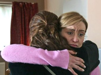 eva-reassures-toyah-with-sad-hug