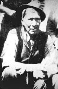 Mattie Mitchell-ca-1920-heritage.nf-wikicommons - newfoundland mikmaq