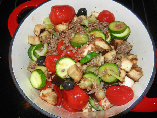 vegetables-and-beef in pot