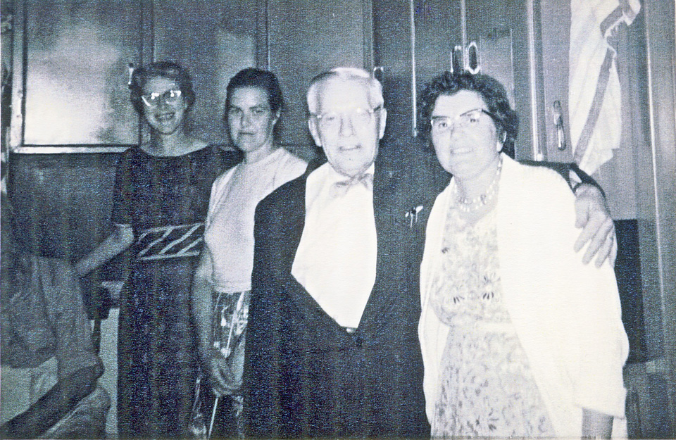 ada scanlon, ruby anger, otto lymburner, gladys kyte - lymburner photos