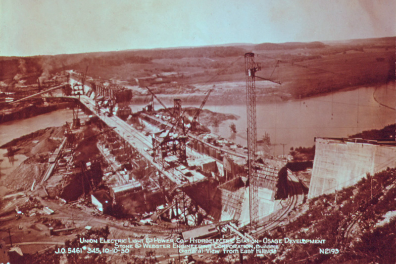 BAGNELL DAM UNDER_CONSTRUCTION_OCTOBER_10_1930-NARA-Bill-Kuykendall-wikicommons