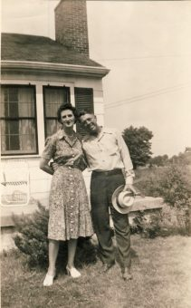 Elizabeth-and-Monroe-Smock-Owensboro-1944
