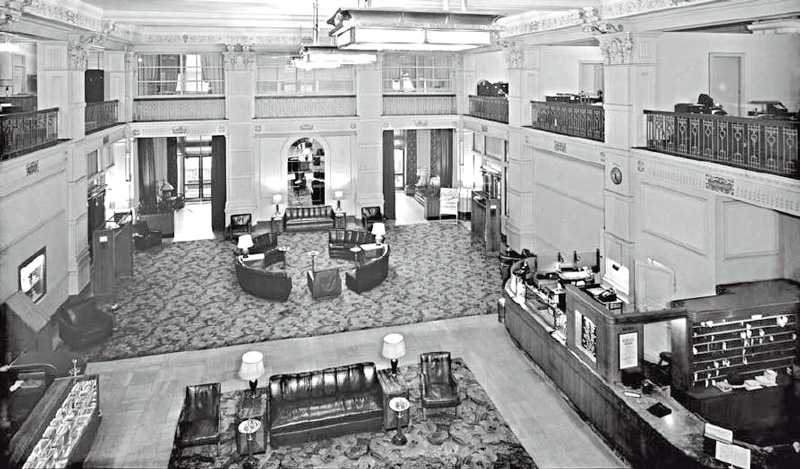 McCurdy-Hotel-1947-Sep-Donahue-Collection-historicevansville.com
