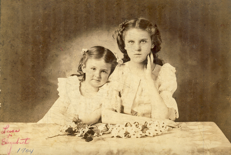 luss and elizabeth 1904, daughters of Lum and Sarah Brogan McDonald
