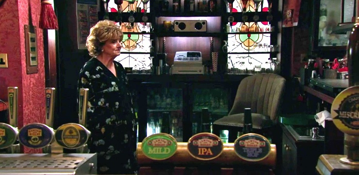 rita-behind-rovers-bar