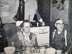 Nancy and George Mabee photo