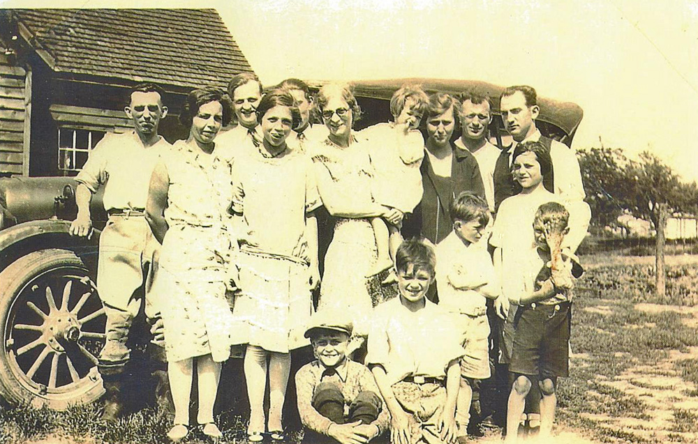 Anger and Trickett family 1930 Richmond ON