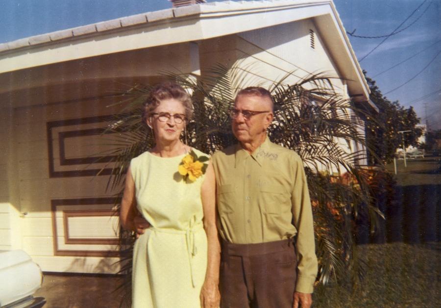 Elizabeth and Monroe Smock 1971